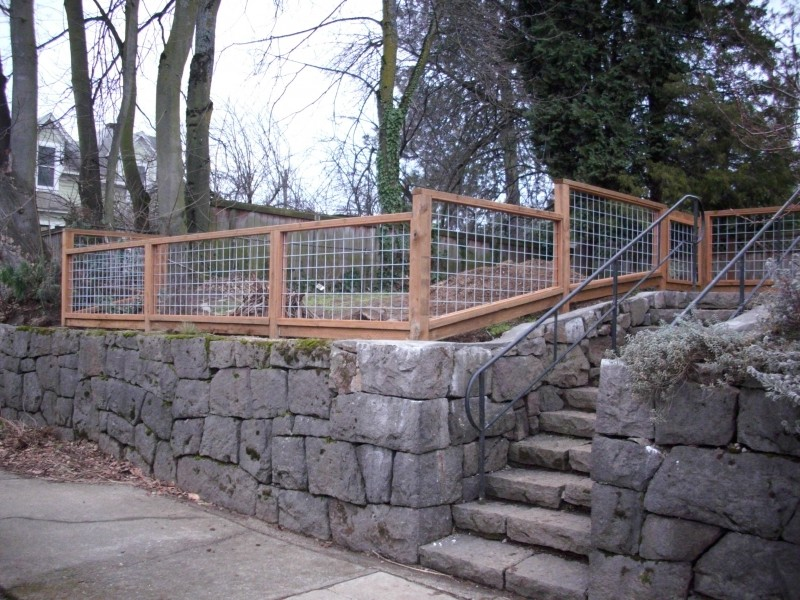 Wire deck fence fencing